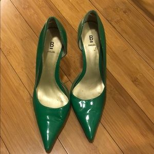 Bakers Janis Green Pointed Toe Heels🥂🍾